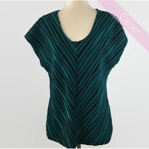 880190f07ec2ea Dana Buchman Tops - Dana Buchman Green/Black Textured Blouse L